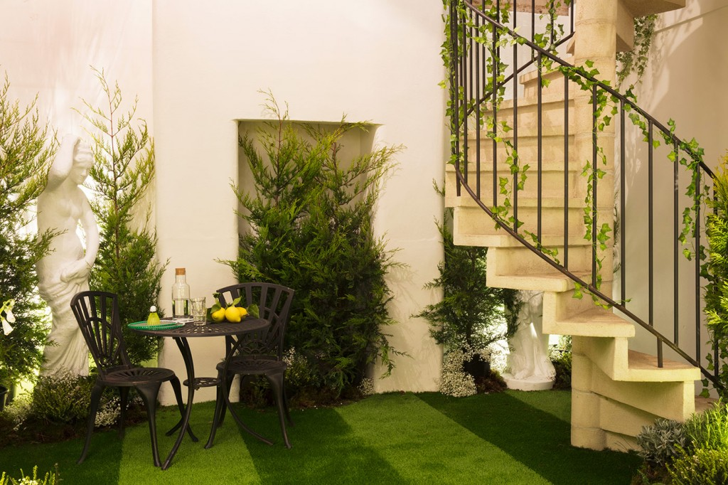 Greenery Inside-in